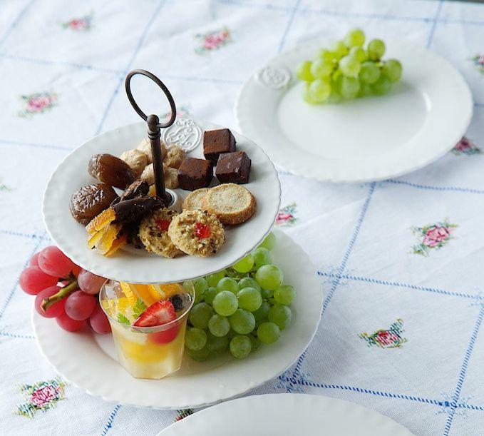 陶器のケーキスタンドセット