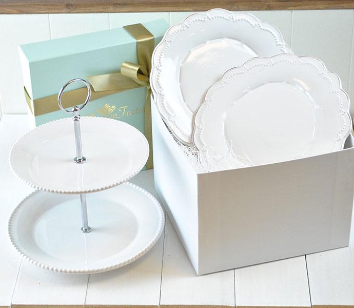 白のケーキスタンドセット